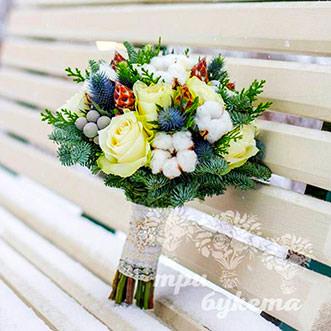 Букет на Новый год из желтых роз